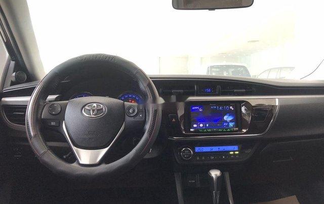 Cần bán Toyota Corolla Altis sản xuất năm 2017, màu đen, giá chỉ 650 triệu6
