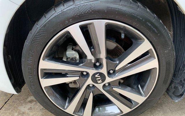 Cần bán xe Kia Cerato AT năm sản xuất 2017, xe chính chủ còn mới, động cơ ổn định4