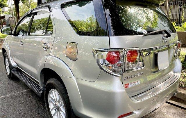 Bán Toyota Fortuner đời 2013, màu bạc, nhập khẩu9