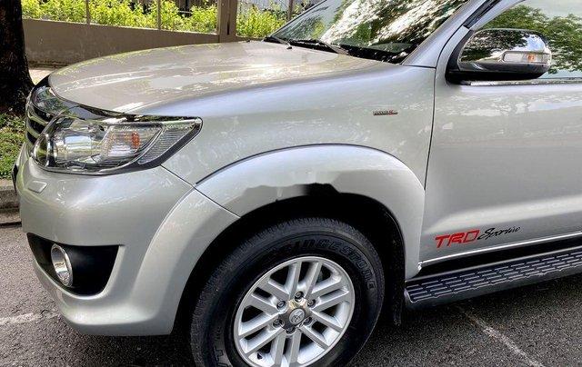 Bán Toyota Fortuner đời 2013, màu bạc, nhập khẩu1
