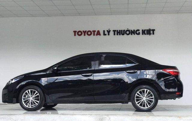 Cần bán Toyota Corolla Altis sản xuất năm 2017, màu đen, giá chỉ 650 triệu3