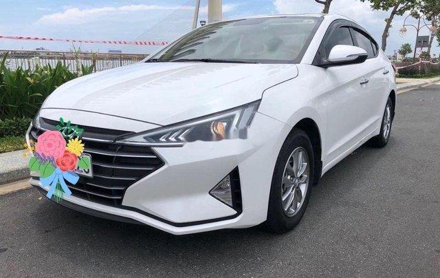 Bán Hyundai Elantra đời 2020, màu trắng chính chủ7