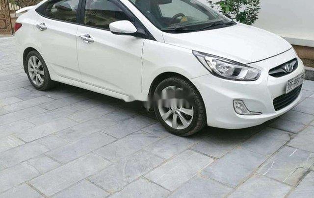 Bán Hyundai Accent sản xuất năm 2013, màu trắng, xe nhập0