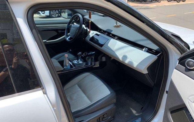 Cần bán gấp LandRover Range Rover Evoque sản xuất 2019, màu trắng, nhập khẩu 2