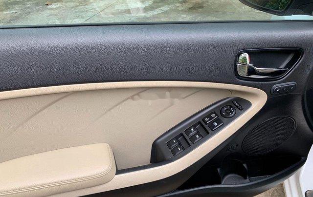 Cần bán xe Kia Cerato AT năm sản xuất 2017, xe chính chủ còn mới, động cơ ổn định10
