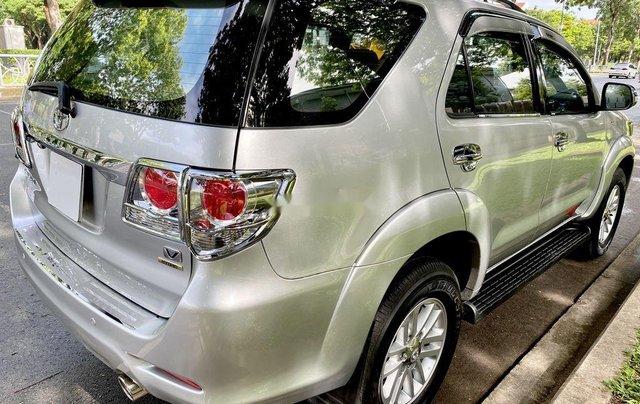 Bán Toyota Fortuner đời 2013, màu bạc, nhập khẩu3