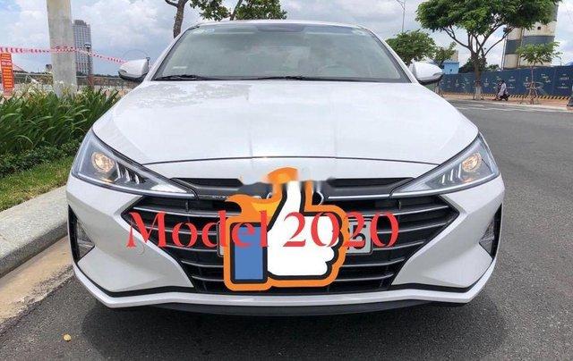 Bán Hyundai Elantra đời 2020, màu trắng chính chủ5