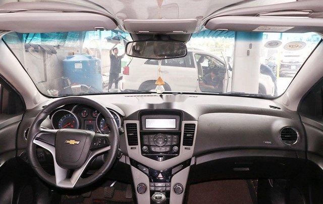 Cần bán nhanh với giá thấp chiếc Chevrolet Cruze LT 1.6MT đời 2017, xe chính chủ7