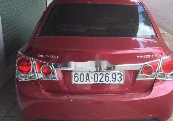 Cần bán lại xe Chevrolet Cruze đời 2011, màu đỏ  2