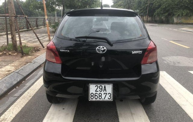 Cần bán gấp Toyota Yaris năm 2009, màu đen, giá chỉ 299 triệu2