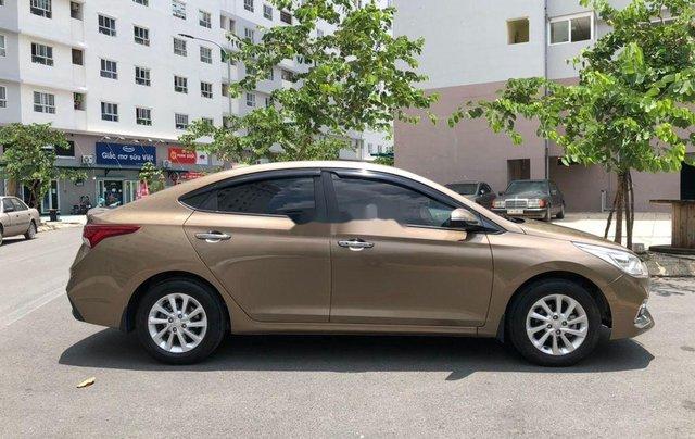 Cần bán gấp Hyundai Accent đời 2019, nhập khẩu, màu vàng cát10