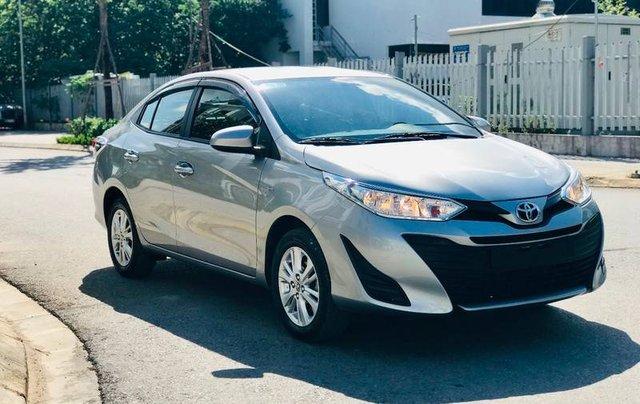 Bán Toyota Vios đời 2018, màu bạc, 410 triệu1