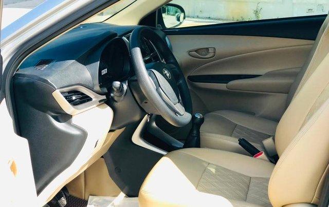 Bán Toyota Vios đời 2018, màu bạc, 410 triệu7