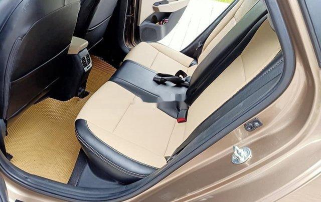 Cần bán gấp Hyundai Accent đời 2019, nhập khẩu, màu vàng cát6