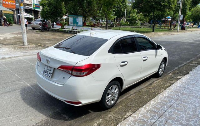 Bán Toyota Vios E sản xuất năm 2019, màu trắng  2