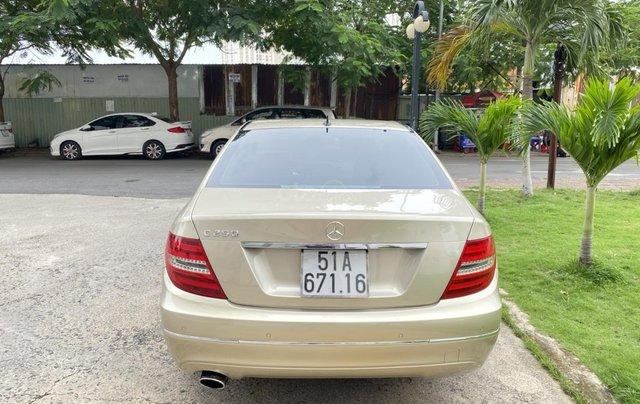 Cần bán xe Mercedes C250 đời 2013 một chủ giá 590tr1