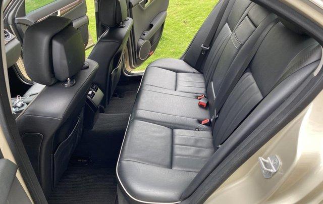 Cần bán xe Mercedes C250 đời 2013 một chủ giá 590tr9
