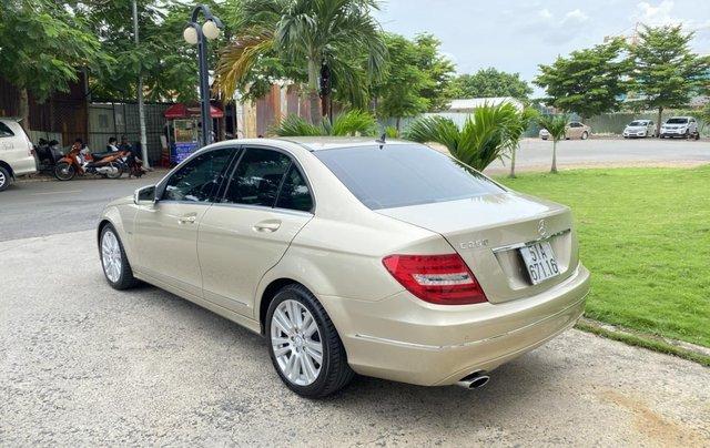 Cần bán xe Mercedes C250 đời 2013 một chủ giá 590tr4