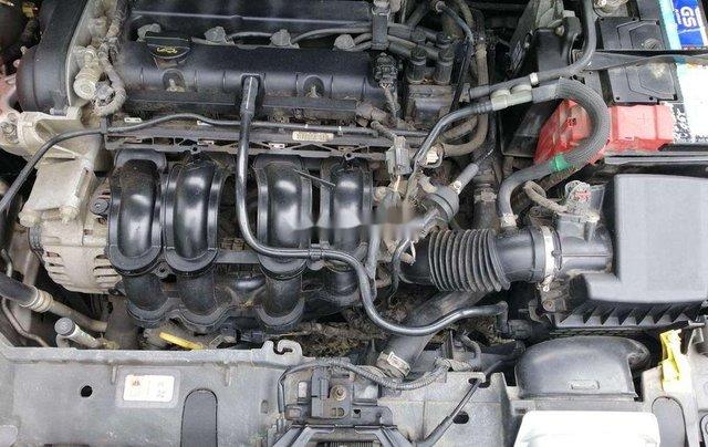 Cần bán xe Ford Fiesta số tự động năm 2012, xe chính chủ sử dụng, còn mới, động cơ ổn định11
