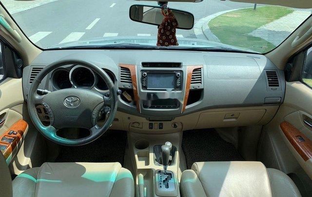 Bán ô tô Toyota Fortuner đời 2010, màu bạc 7