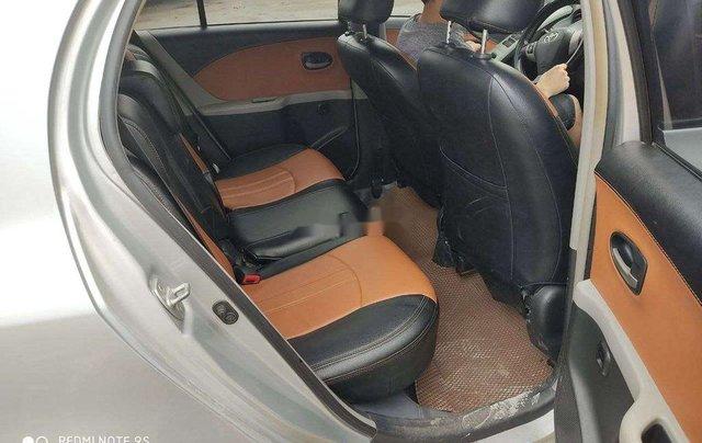 Cần bán Toyota Yaris 2010, màu bạc, xe nhập, giá chỉ 279 triệu3