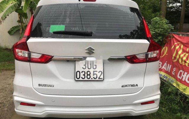 Cần bán lại xe Suzuki Ertiga đời 2019, màu trắng, nhập khẩu nguyên chiếc xe gia đình, giá 590tr4