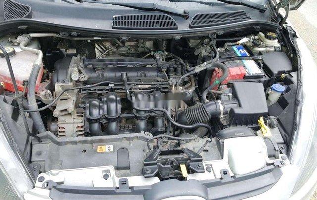 Cần bán xe Ford Fiesta số tự động năm 2012, xe chính chủ sử dụng, còn mới, động cơ ổn định9