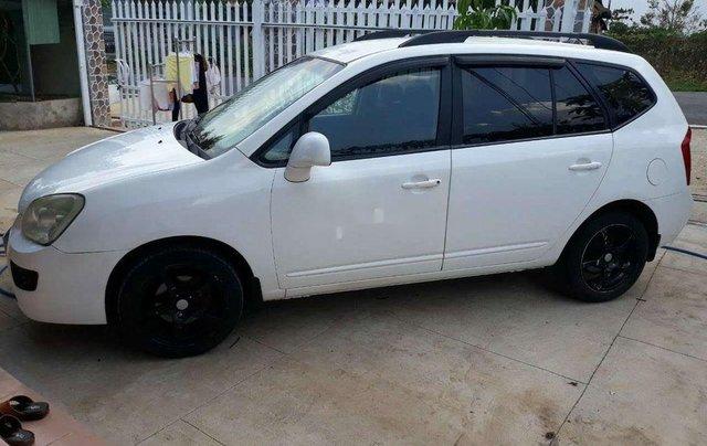 Xe Kia Carens sản xuất năm 2010, màu trắng, bán giá tốt0