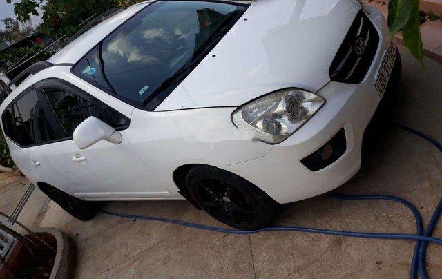Xe Kia Carens sản xuất năm 2010, màu trắng, bán giá tốt1