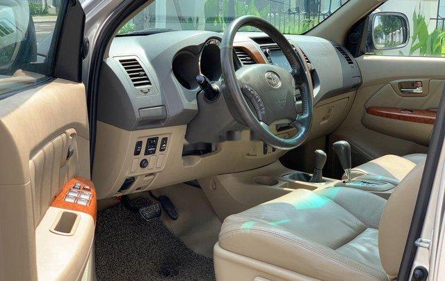 Bán ô tô Toyota Fortuner đời 2010, màu bạc 6