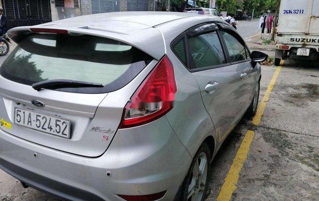 Cần bán xe Ford Fiesta số tự động năm 2012, xe chính chủ sử dụng, còn mới, động cơ ổn định2