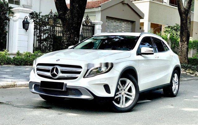 Cần bán gấp Mercedes GLA200 sản xuất năm 2015, màu trắng, xe nhập0