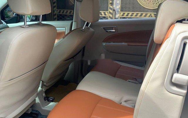 Cần bán gấp Suzuki Ertiga đời 2017, màu trắng, nhập khẩu nguyên chiếc  9