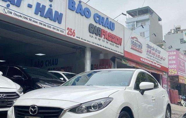 Cần bán Mazda 3 2015, màu trắng0