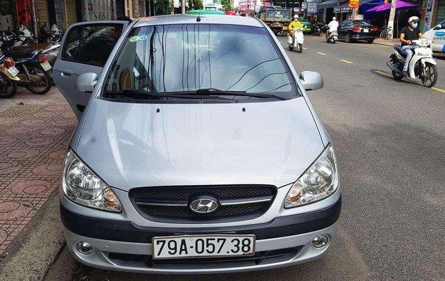 Cần bán gấp Hyundai Getz năm sản xuất 2010, màu bạc, nhập khẩu  4