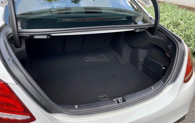 Bán C300 AMG SX 2017, xe đẹp đi 12000km lên C63 bao check hãng11