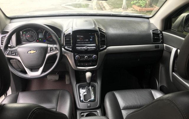 Bán Chevrolet Captiva Revv 2016, màu bạc8