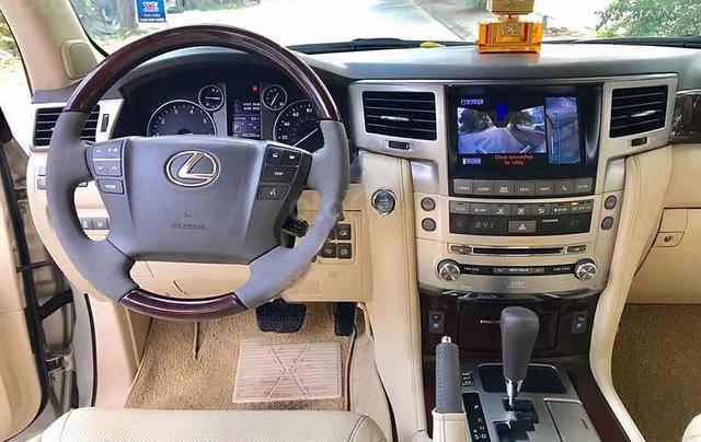 Cần bán Lexus LX 570 sản xuất 2012, màu vàng cát, nhập khẩu còn mới1