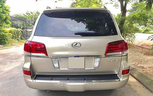 Cần bán Lexus LX 570 sản xuất 2012, màu vàng cát, nhập khẩu còn mới3