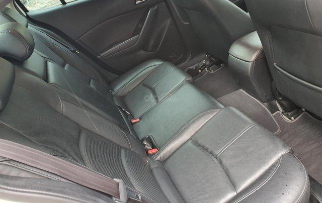 Gia đình bán xe Mazda 3 trắng, mua T3.2019, đi 18.200 km, giá 610 triệu4