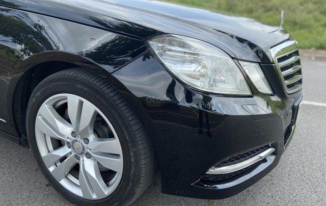 Xe Mercedes E250 năm sản xuất 2011, màu đen1