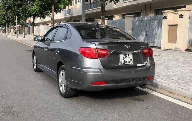 Bán Hyundai Avante sản xuất 2011, màu xám còn mới, 326tr1