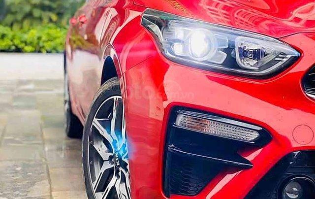 Cần bán lại xe Kia Cerato năm sản xuất 2019, màu đỏ còn mới, giá chỉ 616 triệu2