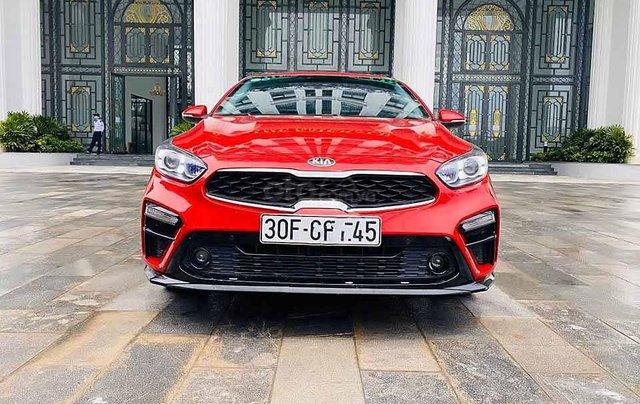 Cần bán lại xe Kia Cerato năm sản xuất 2019, màu đỏ còn mới, giá chỉ 616 triệu0
