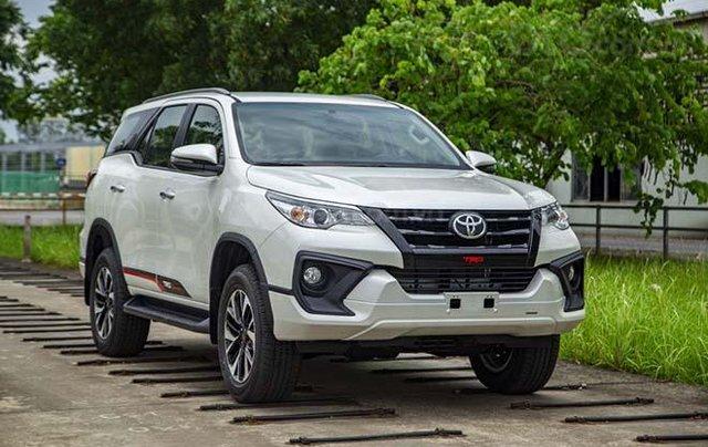 Cần bán gấp Toyota Fortuner năm 2020, xe chính chủ giá ưu đãi0