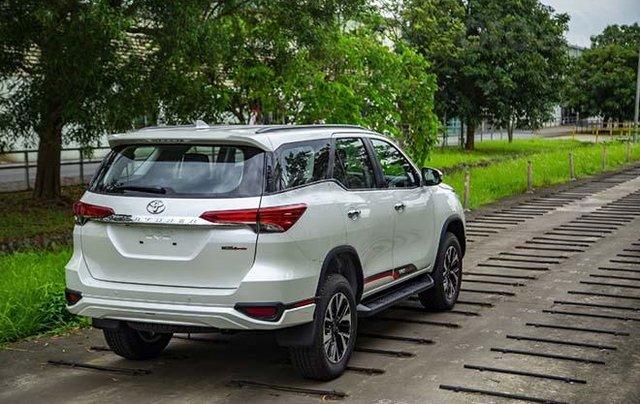Cần bán gấp Toyota Fortuner năm 2020, xe chính chủ giá ưu đãi1
