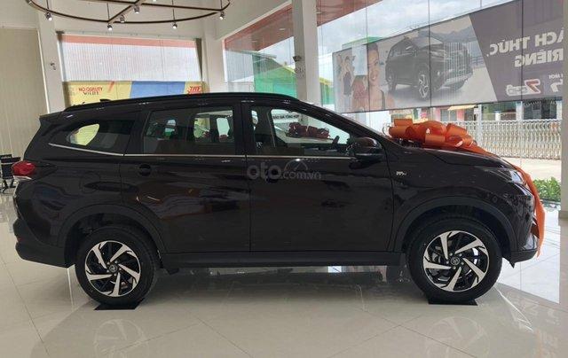 Bán Toyota Rush 1.5 màu đen giao ngay _ khuyến mãi giảm giá tiền mặt _ tặng thêm phụ kiện2