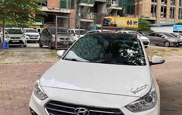 Bán xe Hyundai Accent đời 2019, màu trắng còn mới0