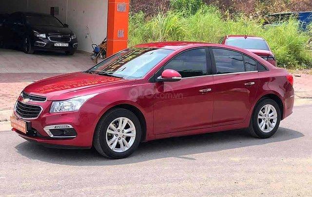 Bán ô tô Chevrolet Cruze LT 1.6L 2018, màu đỏ còn mới, giá chỉ 386 triệu0