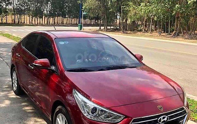 Cần bán xe Hyundai Accent đời 2018, màu đỏ còn mới0